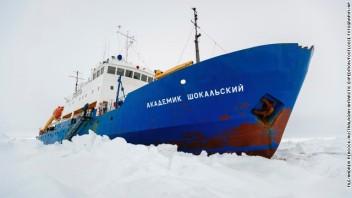 131229122125-01-antarctica-1229-story-top