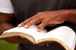 man_reading_bible