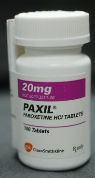 20110118-paxil-bottle-large