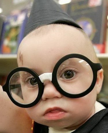 funny+scraps+orkut+funny+baby+faces+big+specs